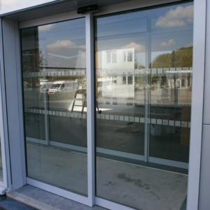 7bd316a8efd315 ... Atelier-Enseignes-Inscription-bande-securite-Caisse-Epargne-La- ...