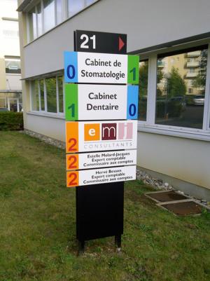 Atelier-Enseignes-Enseigne-Totem-EMJ-Consultant-Metz-57