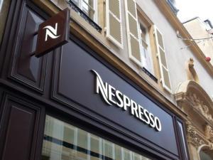 Atelier-Enseignes-Lettres-lumineuses-leds-Nespresso-Metz-57