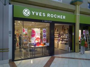 Atelier-Enseignes-Lettres-lumineuses-leds-Yves-Rocher-Semecourt-57