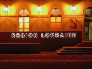 Atelier-Enseignes-Lettres-metal-Retroeclairees-leds-Region-Lorraine-57