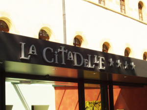 Atelier-Enseignes-Lettres-metal-laquees-La-Citadelle-Metz-57