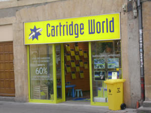 Atelier-Enseignes-Caisson-lumineux-Cartridge-World-Metz-57