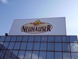 Atelier-Enseignes-Caisson-toile-tendu-Boulangerie-Neuhauser-Folschiviller-57