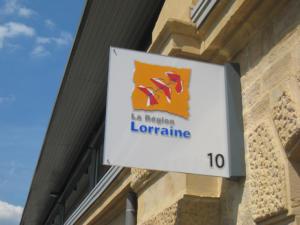 Atelier-Enseignes-Verre-lumineux-leds-Region-Lorraine-Metz-Bv-de-Treves-57