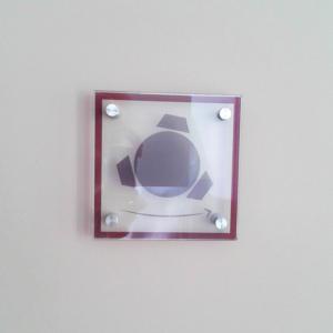 Atelier-Enseignes-Plaque-verre-incolore-cabochons-Caisse-Epargne-Halle-Metz-Pompidou-Metz-57