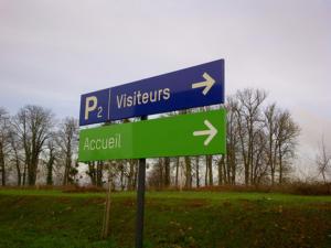 Atelier-Enseignes-Panneau-directionnel-alu-CHR-Metz-Thionville-1-Mercy-57