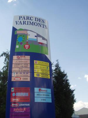 Atelier-Enseignes-Totem-bombe-Parc-des-Varimonts-Metz-57