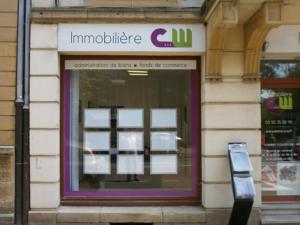 Atelier-Enseignes-Portes-affiches-lumineux-Immobiliere-CW-Montigny-les-Metz-57