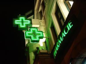 Atelier-Enseignes-Croix-tube-HT-Pharmacie-Serrier-Montigny-les-Metz-57