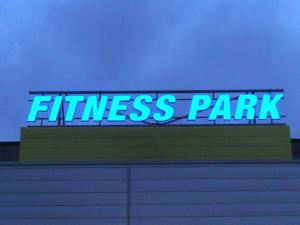 Atelier-Enseignes-Lettres-boitier-leds-Fitness-Park-Mondelange-57