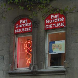 Atelier-Enseignes-Enseigne-Tubes-Haute-Tension-HT-Est-Surdite-Montigny-les-Metz-57