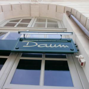 Atelier-Enseignes-Rampe-tubes-leds-Boutique-Daum-Nancy-57