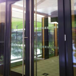 Atelier-Enseignes-Inscription-adhesif-depoli-CMAM-Metz-57