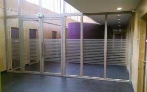 Atelier-Enseignes-Inscription-bande-de-securite-02-CMAM-Metz-57