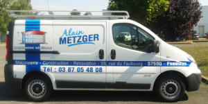 Atelier-Enseignes-Inscription-impression-numerique-voiture-Alain-Metzger-57
