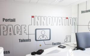 Atelier-Enseignes-Impression-numerique-02-Caisse-Epargne-Metz-La-Halle-Metz-57
