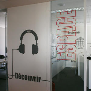 Atelier-Enseignes-Impression-numerique-03-Caisse-Epargne-Metz-La-Halle-Metz-57