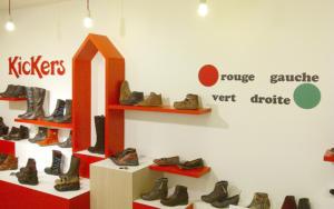 Atelier-Enseignes-Inscription-adhesif-murale-02-Kickers-Metz-57