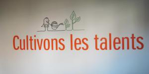 Atelier-Enseignes-Inscription-adhesif-murale-03-Moreno-Consulting-57